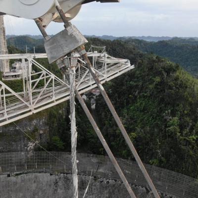 Gobernadora pide reconsiderar decisión de decomisar radiotelescopio de Arecibo