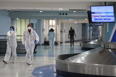 Presentan cargos contra turista que violó orden ejecutiva en el Aeropuerto