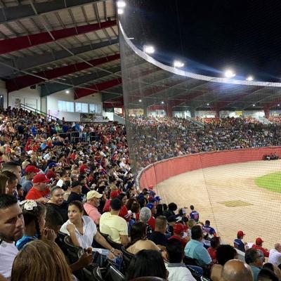 Mulos y Jueyeros permanecen en sus estadios