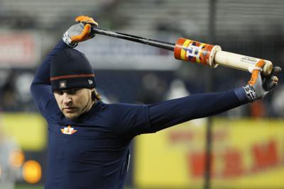 Astros saldrán del terreno si fans de los Yanquis lanzan objetos