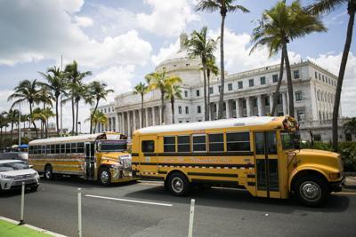 Educación comienza desembolso para transportistas