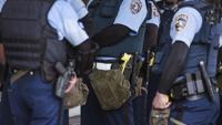Radican cargos contra hombre que disparó contra agentes