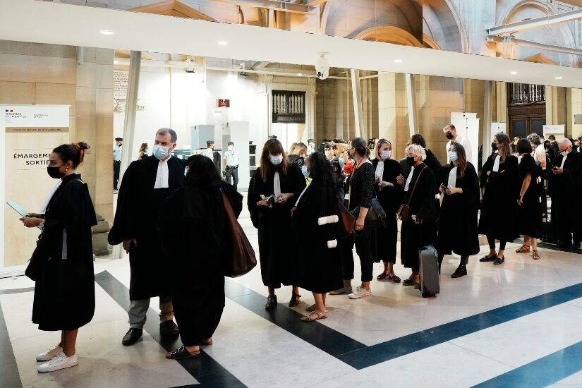 Abogados juicio en París