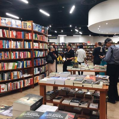 Casa Norberto Libros & Cafébar con Festival de Literatura Puertorriqueña