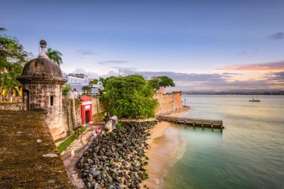 Para subir y bajar el Viejo San Juan