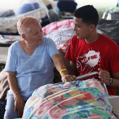 Afectados por inundaciones residentes de refugio en Ponce