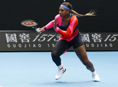 Serena Williams comienza en Australia con una victoria fácil