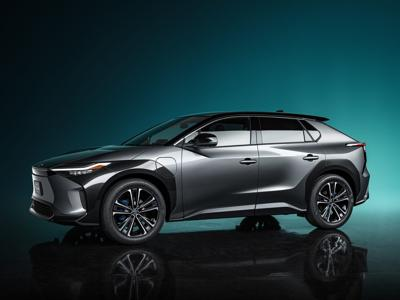 Toyota presenta SUV totalmente eléctrico