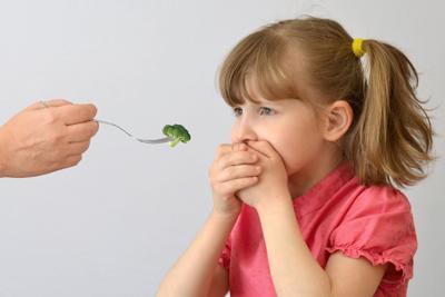 Cómo lidiar con 'picky eaters'