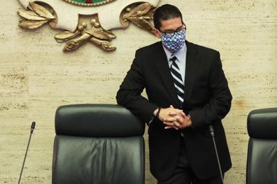 A ciegas Rodríguez Aguiló sobre alegado referido en contra de la gobernadora