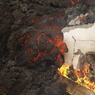 La erupción volcánica en La Palma, una isla de España, atrae a los turistas