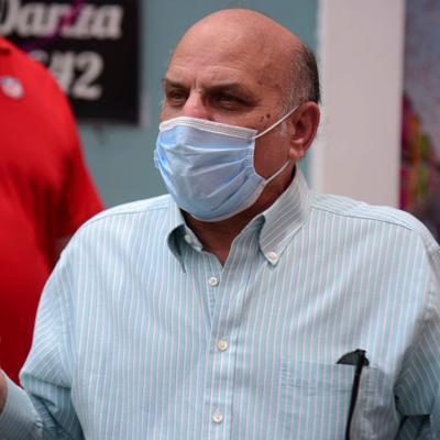 Héctor Luis Acevedo hace llamado a luchar por la democracia