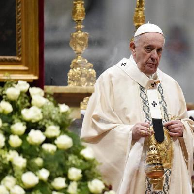 El Papa Francisco recibe un regalo especial del futbolista Lionel Messi