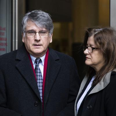Neurólogo en Estados Unidos se declara inocente de abusos sexuales contra sus pacientes
