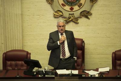 Senado confirma al nuevo ombudsman