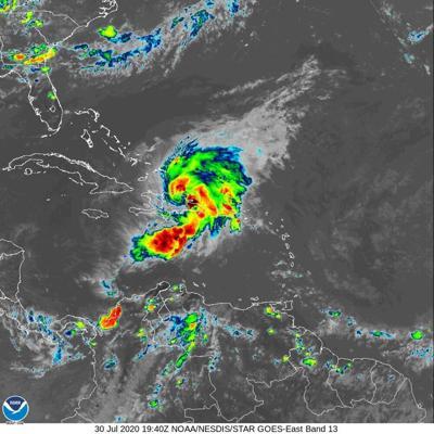 Se prepara República Dominicana para Isaías