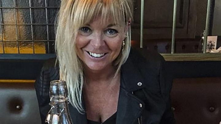 Ex azafata y ahora maestra detenida por tener sexo con su alumno