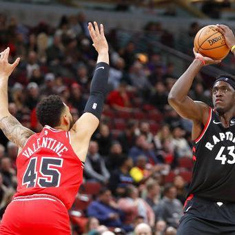 Con 22 de Siakam, Raptors superan a Bulls