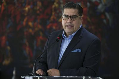 Populares piden nuevo plan fiscal a Vázquez