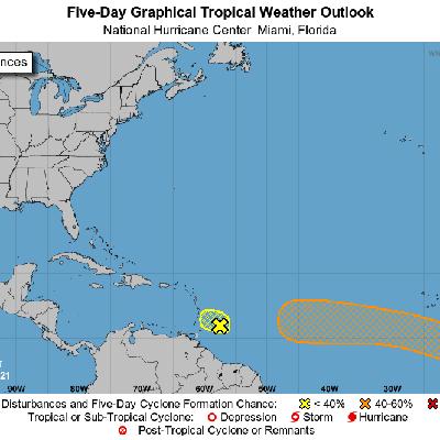 El CNH vigila una onda que podría convertirse en depresión tropical