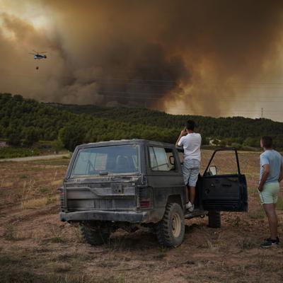 Continúa la crisis climática en el mundo: incendios forestales afectan zonas de España e Italia