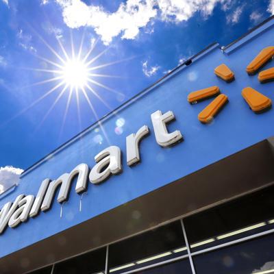 En cuarentena 20 empleados de Walmart en Caguas