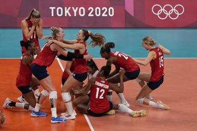 Estados Unidos derrota a Brasil y gana su primer oro en voleibol femenino