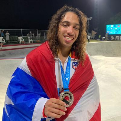 Plata para Steven Piñeiro en los Mundiales de Playa