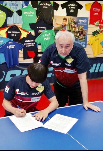 Tenimesista puertorriqueño firma para jugar profesional en Austria