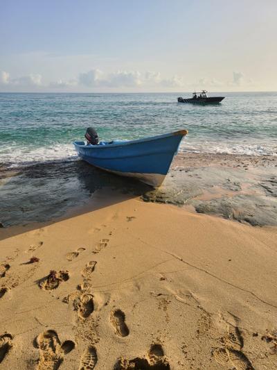 embarcacion en manati