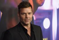Ricky Martin quiere ayudar a los profesionales de la salud