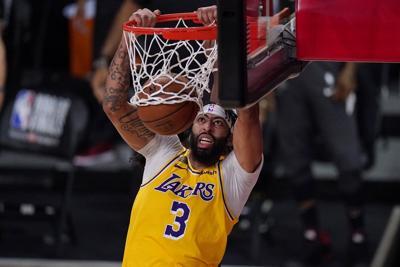 Anthony Davis asegura su futuro en los Lakers