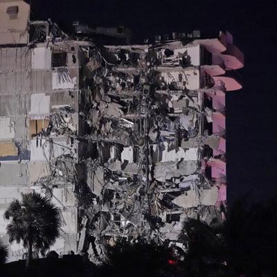Se derrumba parcialmente un edificio en Miami: bomberos realizan operación de búsqueda y rescate