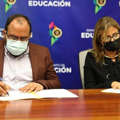 Educación firma un acuerdo colaborativo para atender el Trastorno del Procesamiento Sensorial en estudiantes