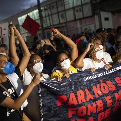 Letal balacera policial en Río da pie a denuncias de abusos