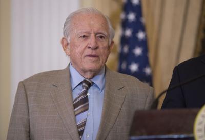 Fallece el exgobernador Carlos Romero Barceló