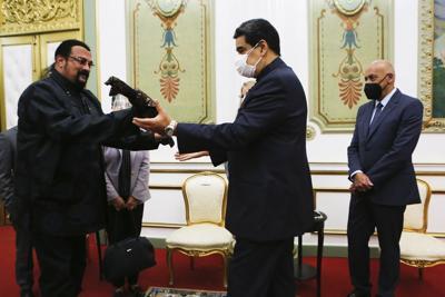 Venezuela: Steven Seagal visita a Maduro