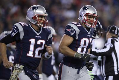 Gronkowski se reencuentra con Brady en Tampa Bay