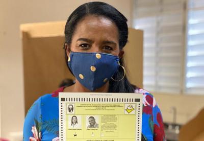Lymarie Escobar gana primarias en Loíza