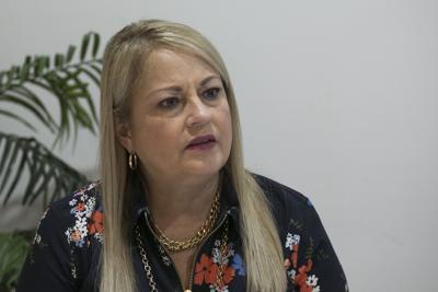 Gobernadora reacciona a arrestos federales en la Policía