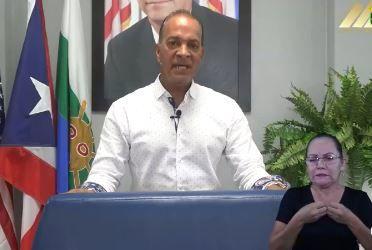 Alcalde de Las Piedras anuncia cierre parcial de labores municipales