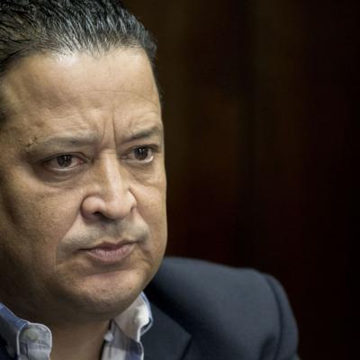 Escalera pide investiguen fallas en caso de Covid-19 en Santurce