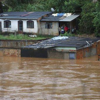 Crece impacto por lluvias en sudeste de Brasil, 53 muertos