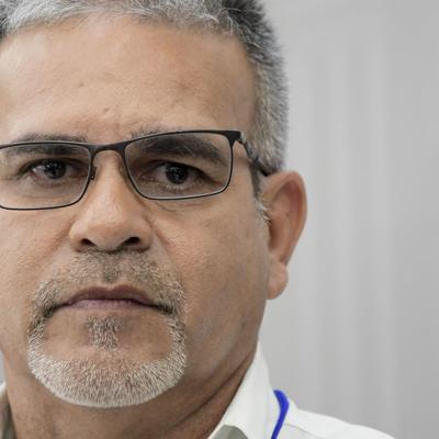Reaccionan a renuncia de José Ortiz