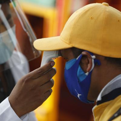 Autoridades mexicanas reportan menos contagios en 26 estados