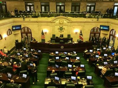 Proyecto bipartita fija tarifa actual de transporte para residentes de Vieques y Culebra