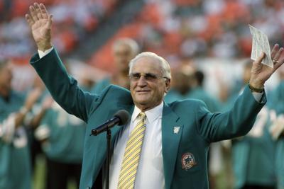 Fallece exentrenador de la NFL Don Shula
