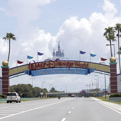 Parques de Disney World se preparan para reabrir en Florida