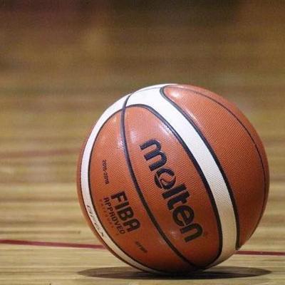 Torneo de baloncesto benéfico en Vega Baja