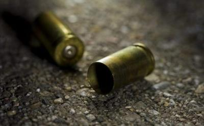 Adolescente muere tras recibir disparo en casa de vecino
